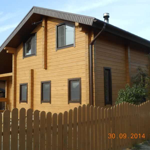 6x9 house 600x600 - Дом 6x9м под ключ из профилированного бруса 180х180мм