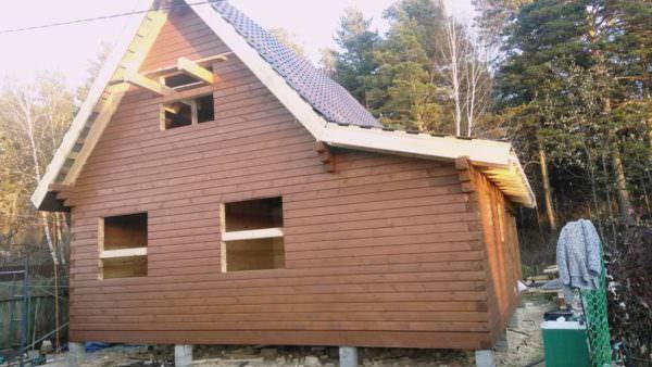 IMG 20181026 WA0032 600x338 - Двухэтажный дачный дом 7,6х7,6 с верандой из профилированного бруса 150х150