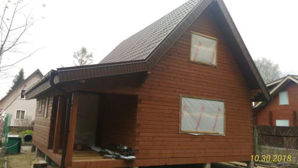 IMG 20181030 WA0004 600x338 - Двухэтажный дачный дом 7,6х7,6 с верандой из профилированного бруса 150х150